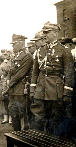 gen. Bończa.png