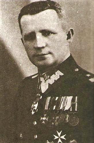 Jan Chmurowicz.png