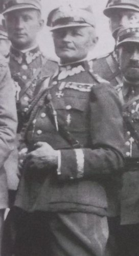 dzierzanowwskii.JPG
