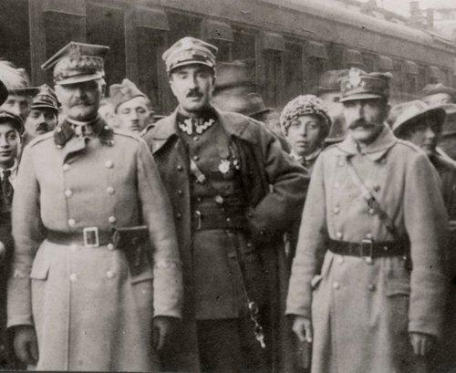 gen. Mieczysław Kuliński, płk Stanisław Dowoyno-Sołłohub, kpt. Jaworowski, dr Frenkner 14 września 1920 roku..jpg