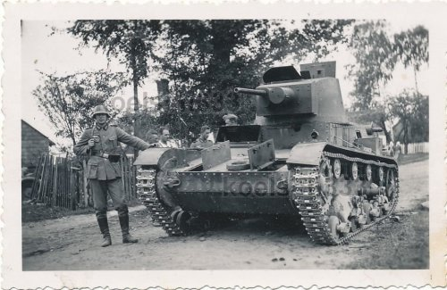 7TP tank (Poland) - captured.jpg