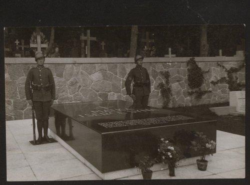 Wilno, Mauzoleum na Rossie. Miejsce spoczynku Serca Marszałka J.Piłsudskiego.jpg