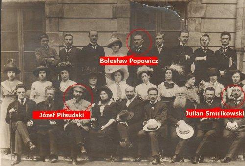 J.Piłsudski-B.-Popowicz.jpg