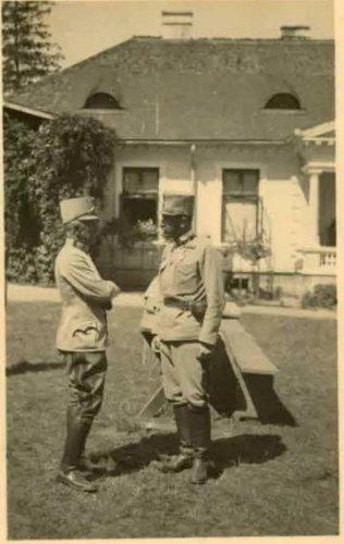 fotografia z roku 1915. Spotkanie dwóch generałów, Sándora Szurmaya (dowódcy Grupy Szurmaya oraz generała Rozwadowskiego.jpg