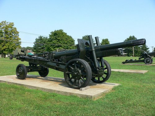 880px-152_mm_howitzer-gun_M1937_(ML-20)_1.jpg