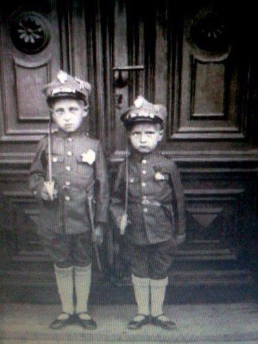 k dzieci w mundurach.jpg