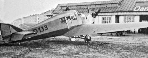 670720903_Junkers13WNr534D-133(LloydOstflug1920).thumb.jpg.f17297fd1ff362ef73b7a2c5d44823cd.jpg