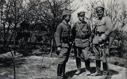 Tessaro,_Herwin-Piątek_i_Scaevola-Wieczorkiewicz,_1915.jpg