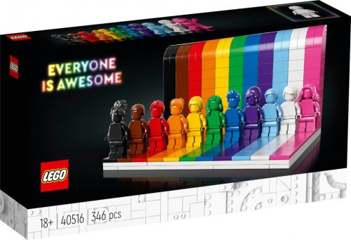 LEGO-40516-Everyone-is-Awesome-3.jpg