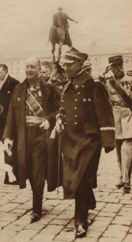 malczzewski 26 z ambasadorem francji.JPG