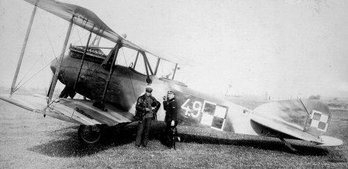 Albatros C.X nr CWL 4.9 z 4.EW. Lida. 06.1919.jpg