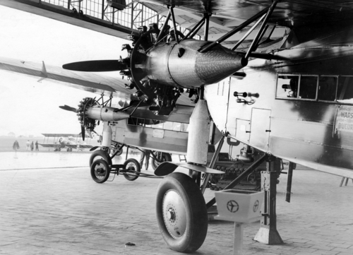 Fokker F-VII-3m.png