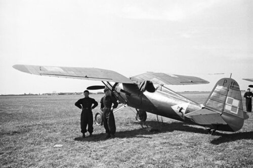 Samolot-112-Eskadry-Mysliwskiej.jpg